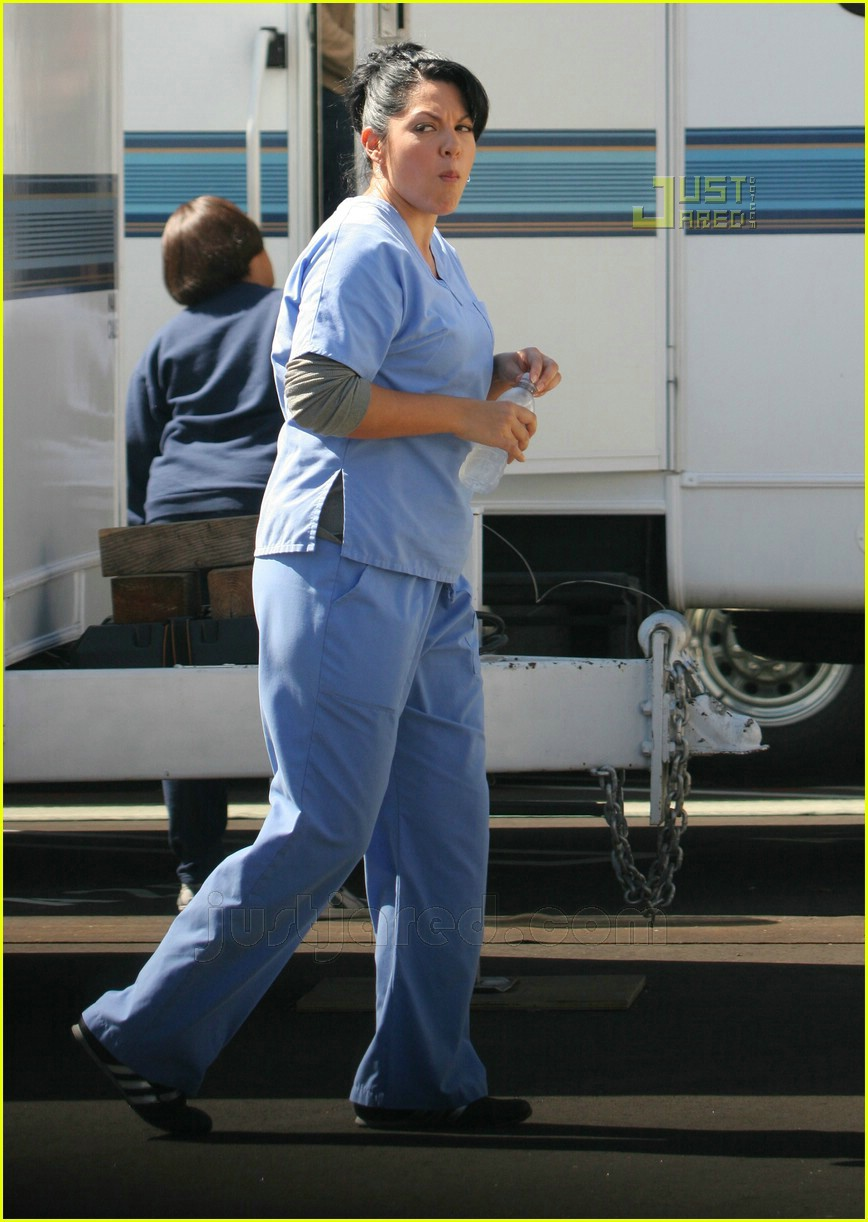 greys anatomy cast smoking 05