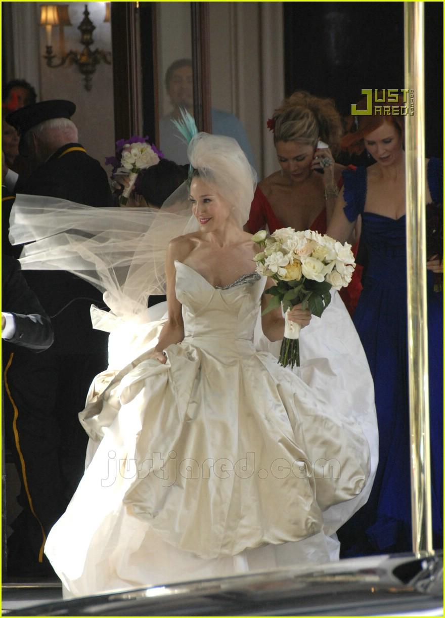 Full sized photo of sarah jessica parker wedding dress 17 for Sarah jessica parker wedding dress
