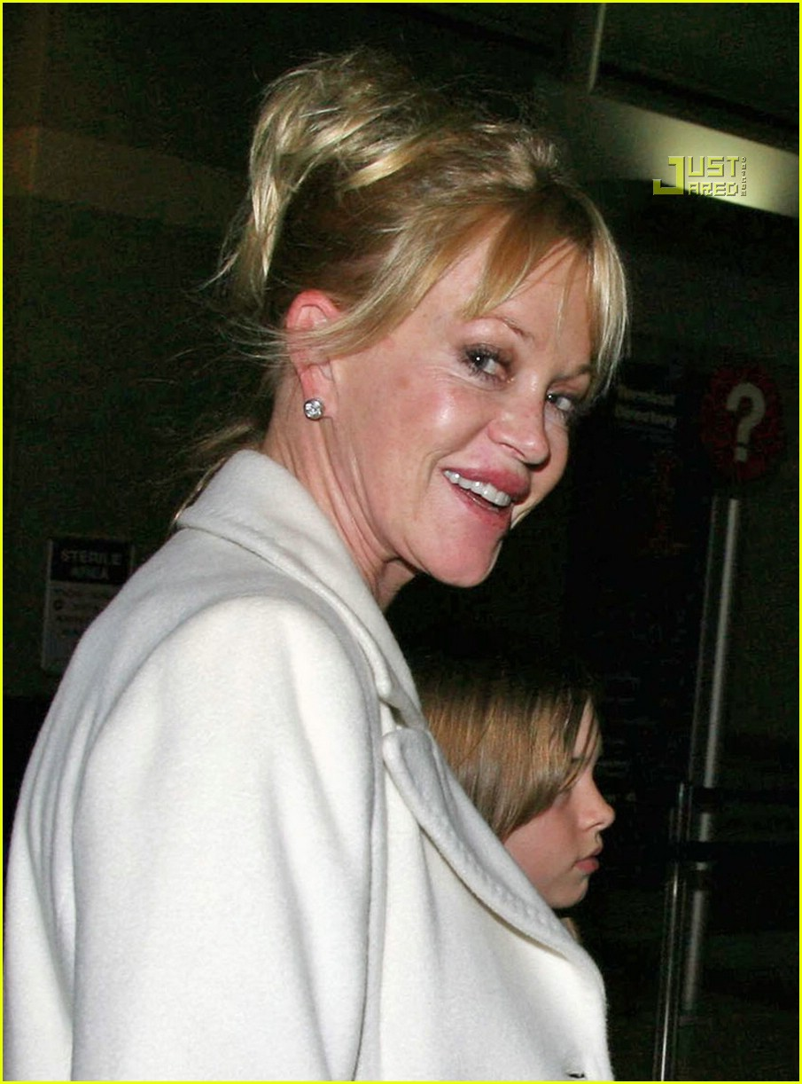 melanie griffith daughters 03761341