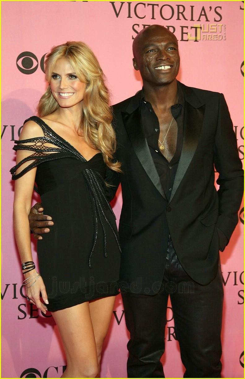 heidi klum seal vs pink carpet 02