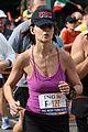 katie holmes running nyc marathon 05