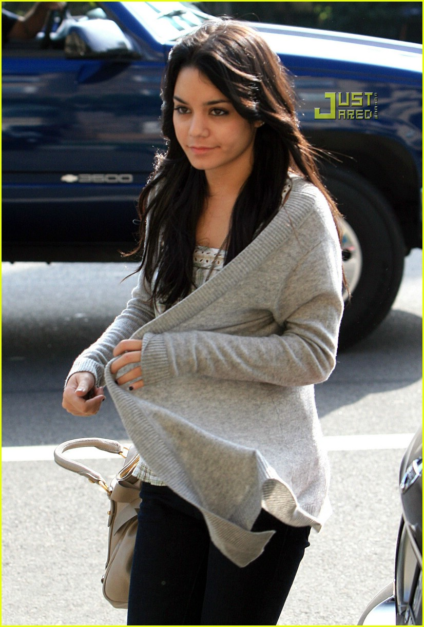 vanessa hudgens teddy bear 13721471