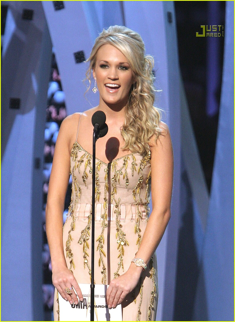 carrie underwood cmas performance 2007 18