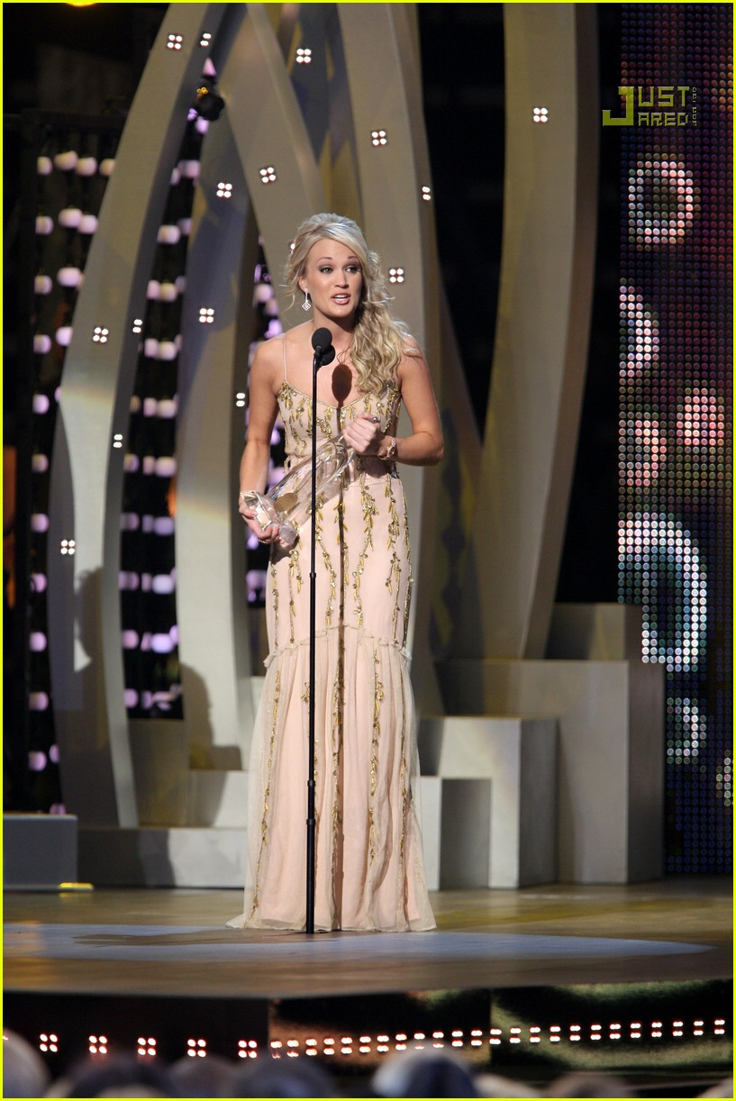 carrie underwood cmas performance 2007 20