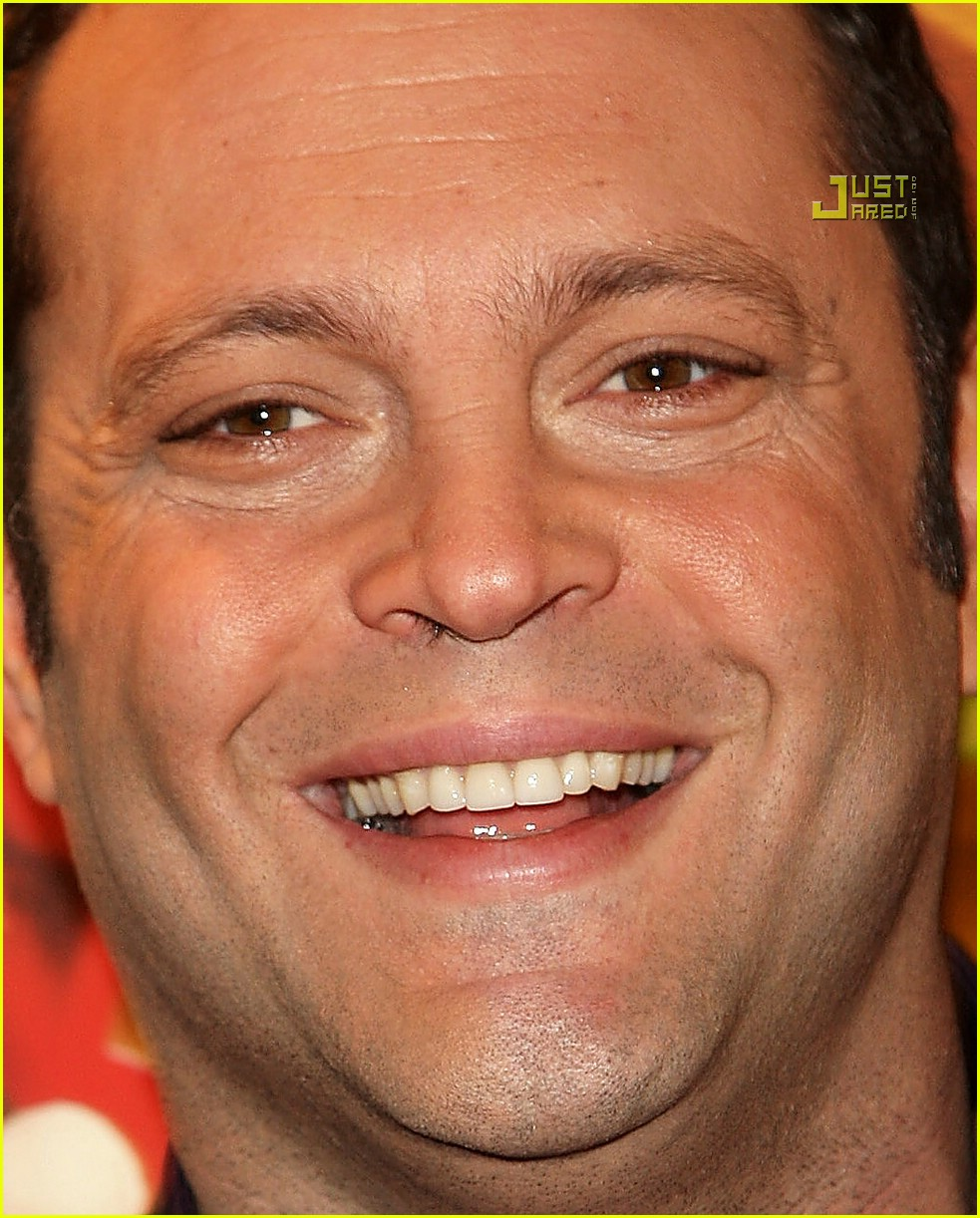 Vince vaughn nose hairs gone wild photo 747691 vince vaughn vince vaughn nose hairs gone wild urmus Image collections