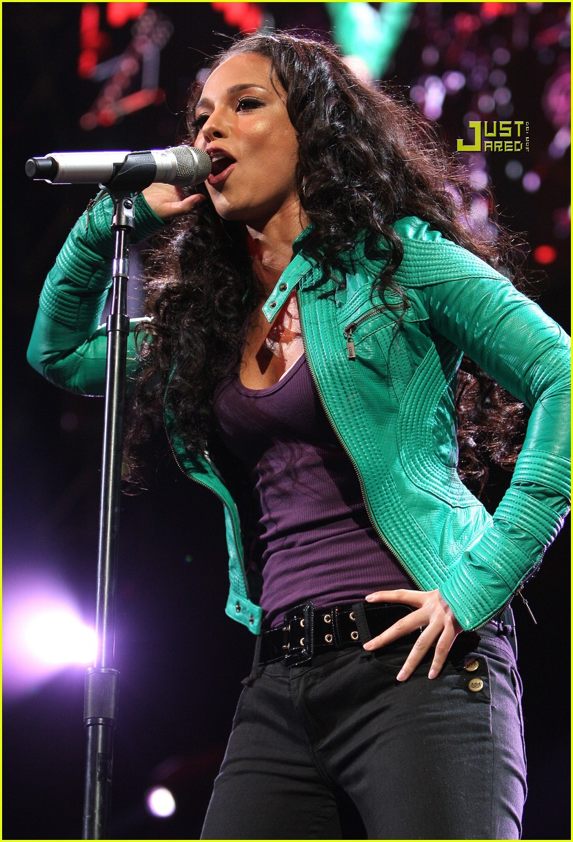 alicia keys jingle ball 05