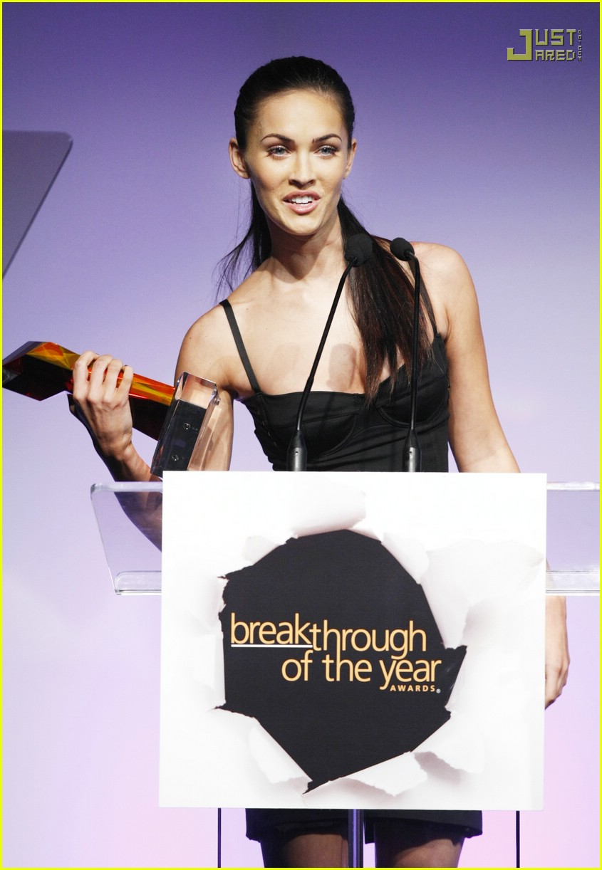 megan fox breakthrough awards 01