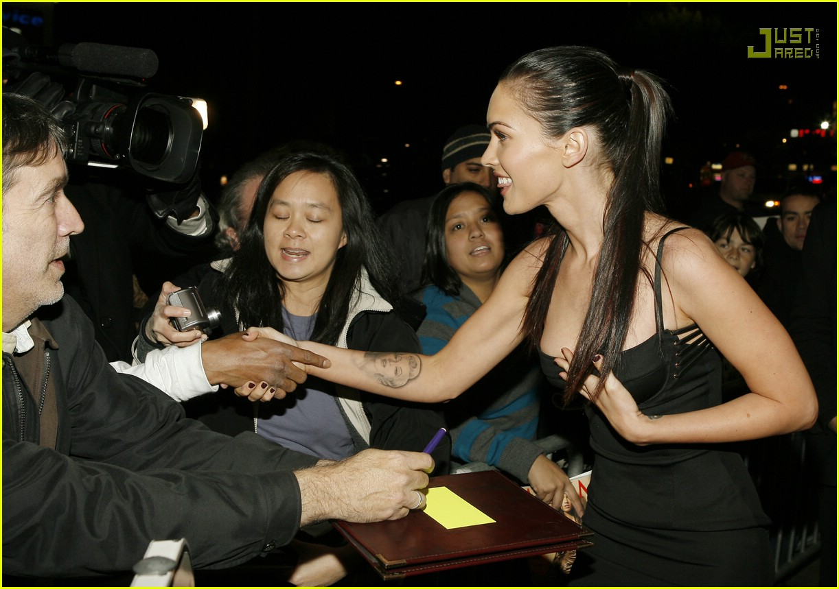 megan fox breakthrough awards 03