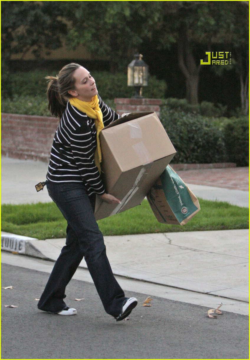 jennifer love hewitt box 14