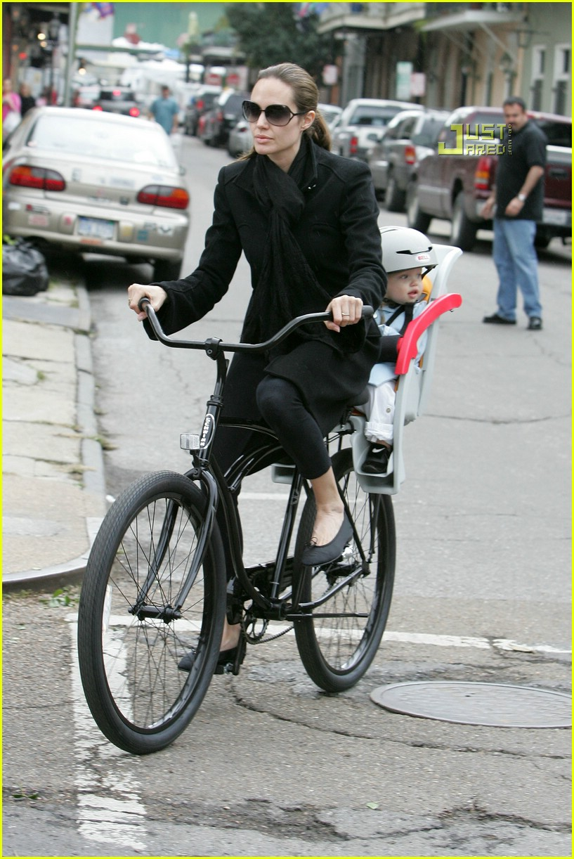 angelina jolie shiloh bicycle 14815391