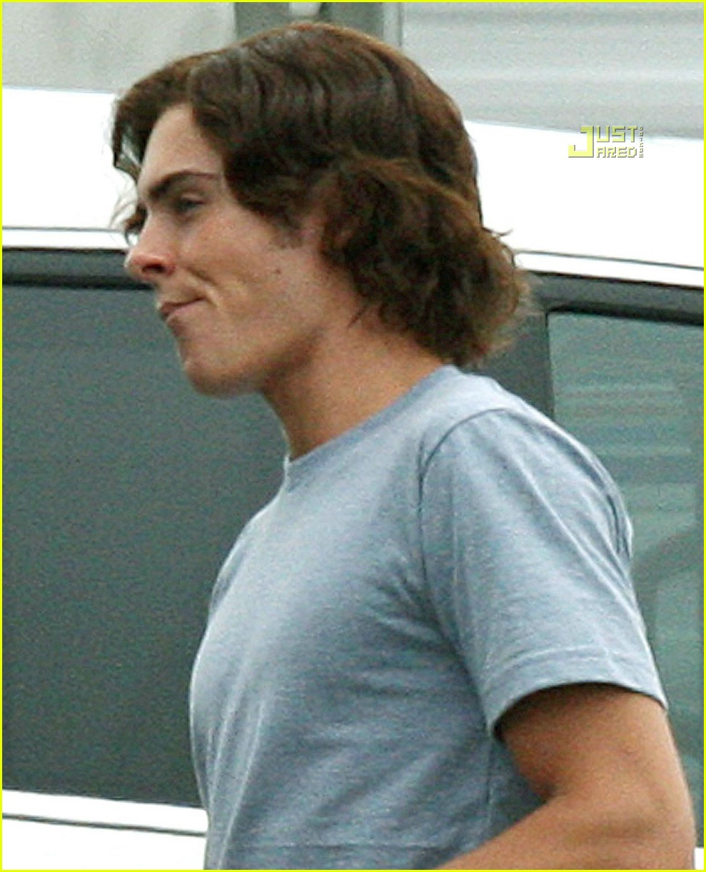 Zac Efron And Wigs 63