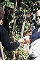 jake gyllenhaal reese witherspoon help the homeless 13