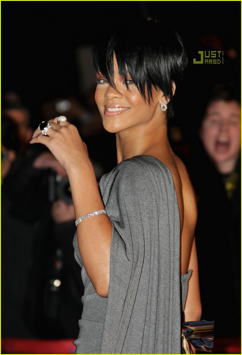rihanna super short hair 06