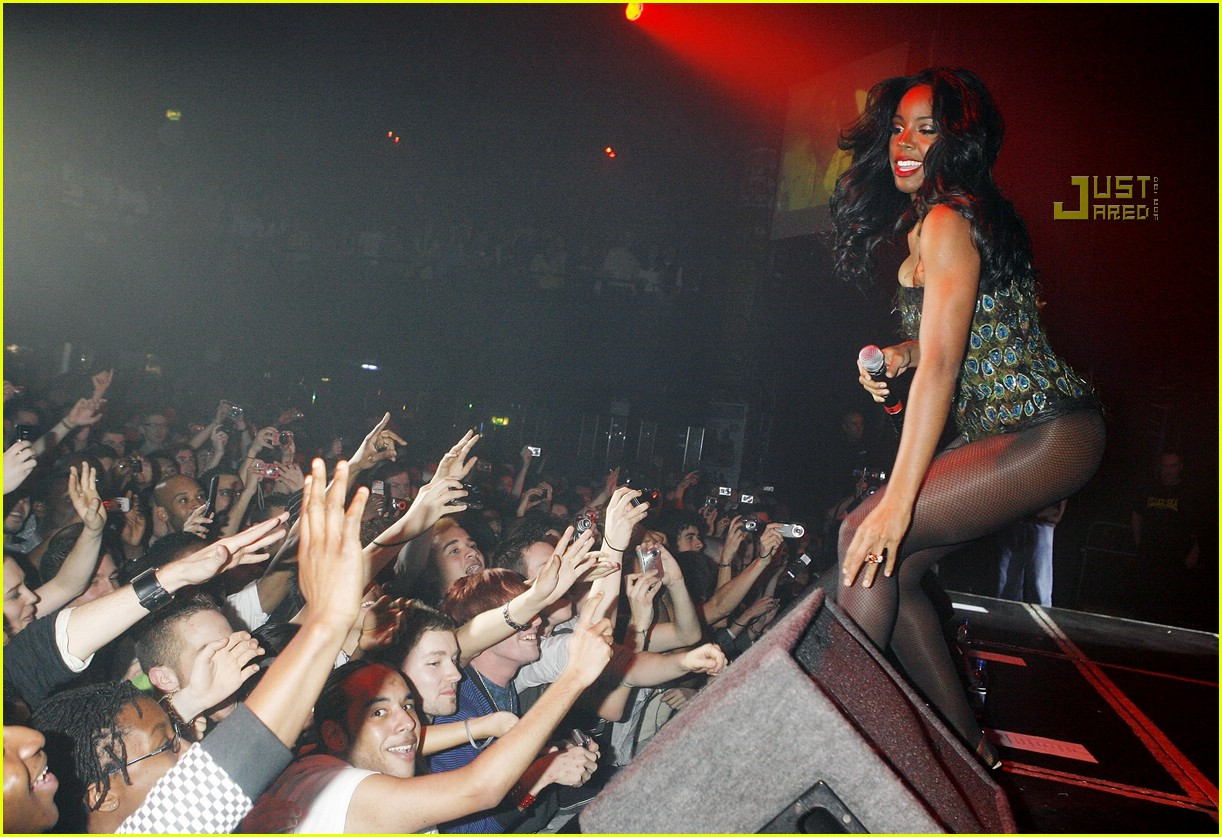 kelly rowland gay 11