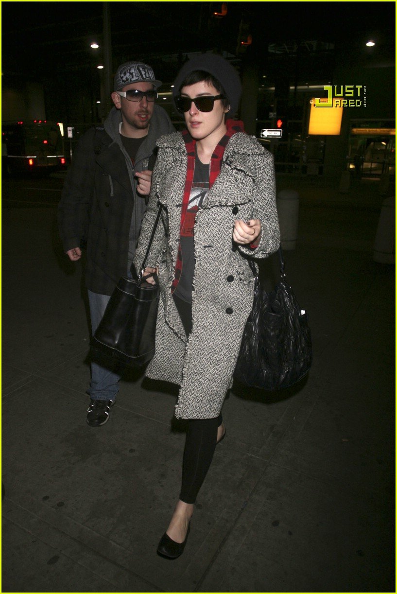 rumer willis airport 04892181