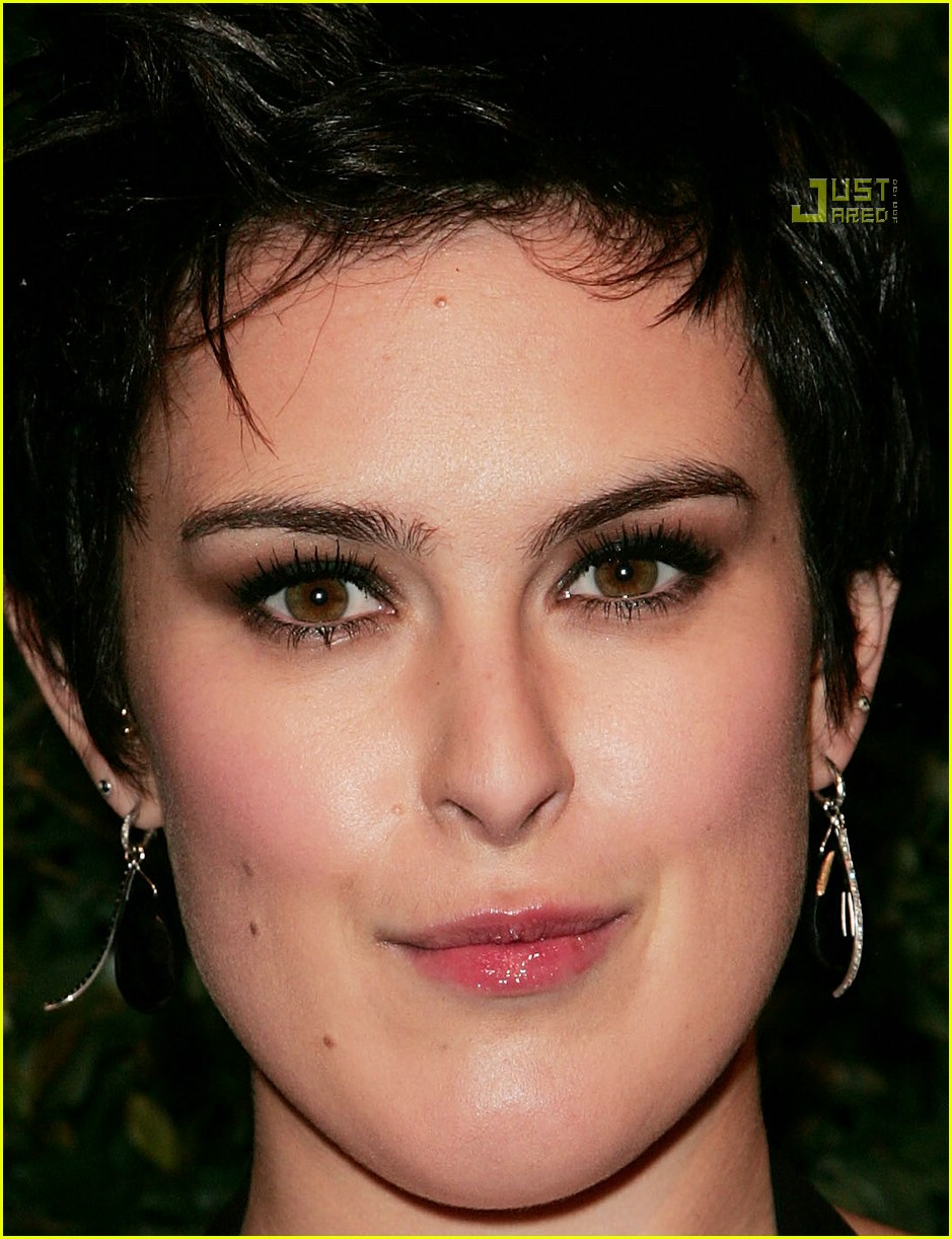 Rumer Willis Rumer willis supports the art Bruce Willis