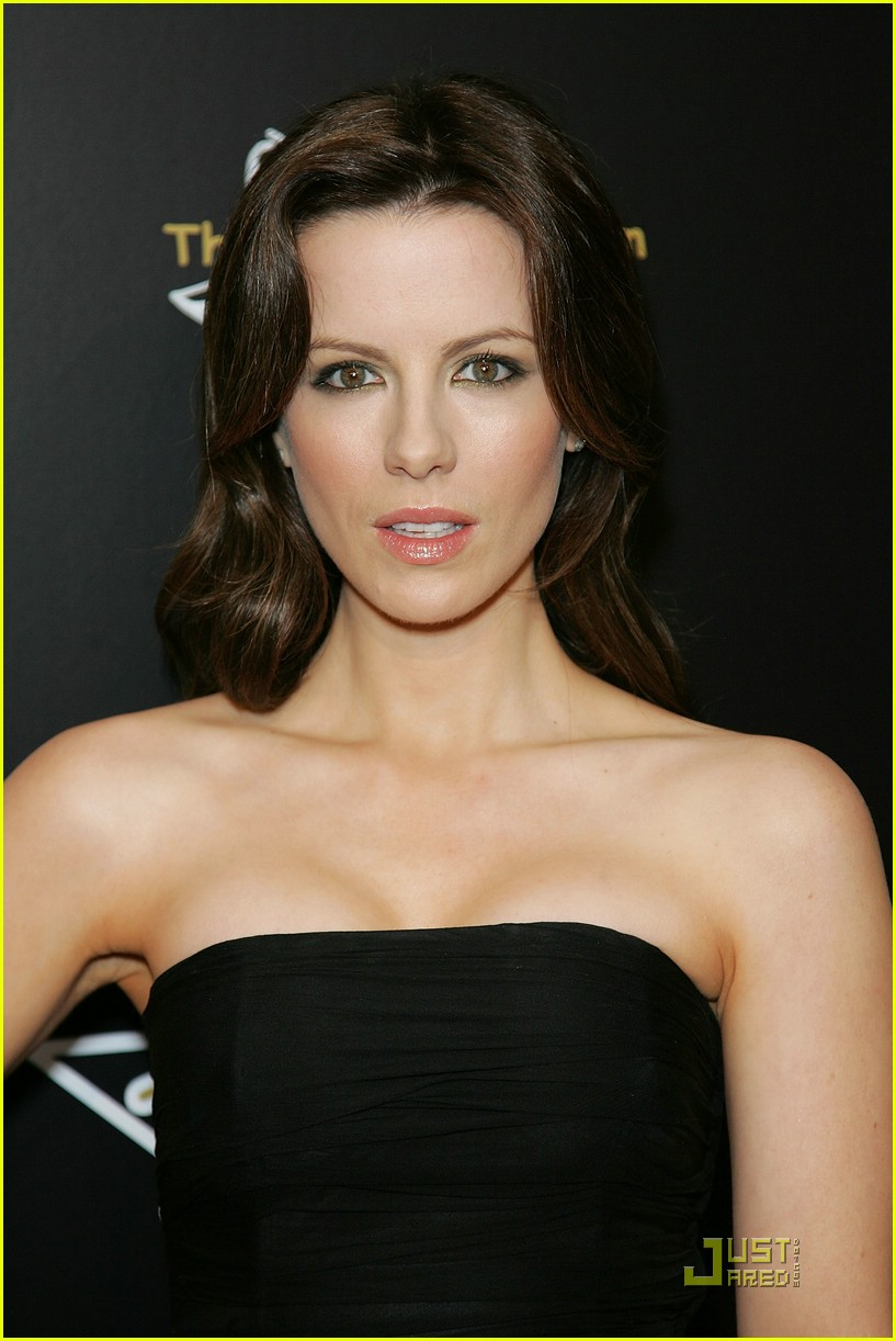 kate beckinsale pre oscars party 06