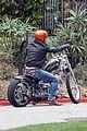 brad pitt motorcycle 01