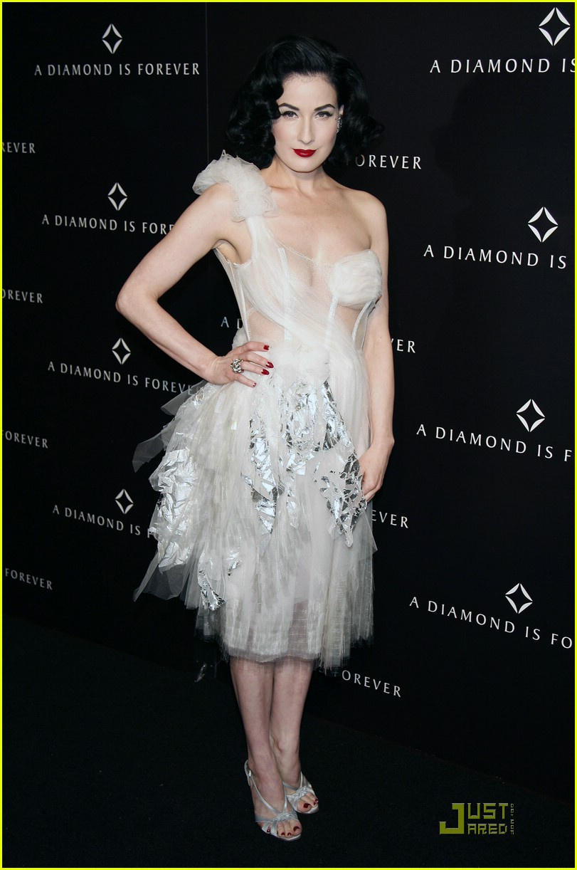 dita von teese diamond dinner 19