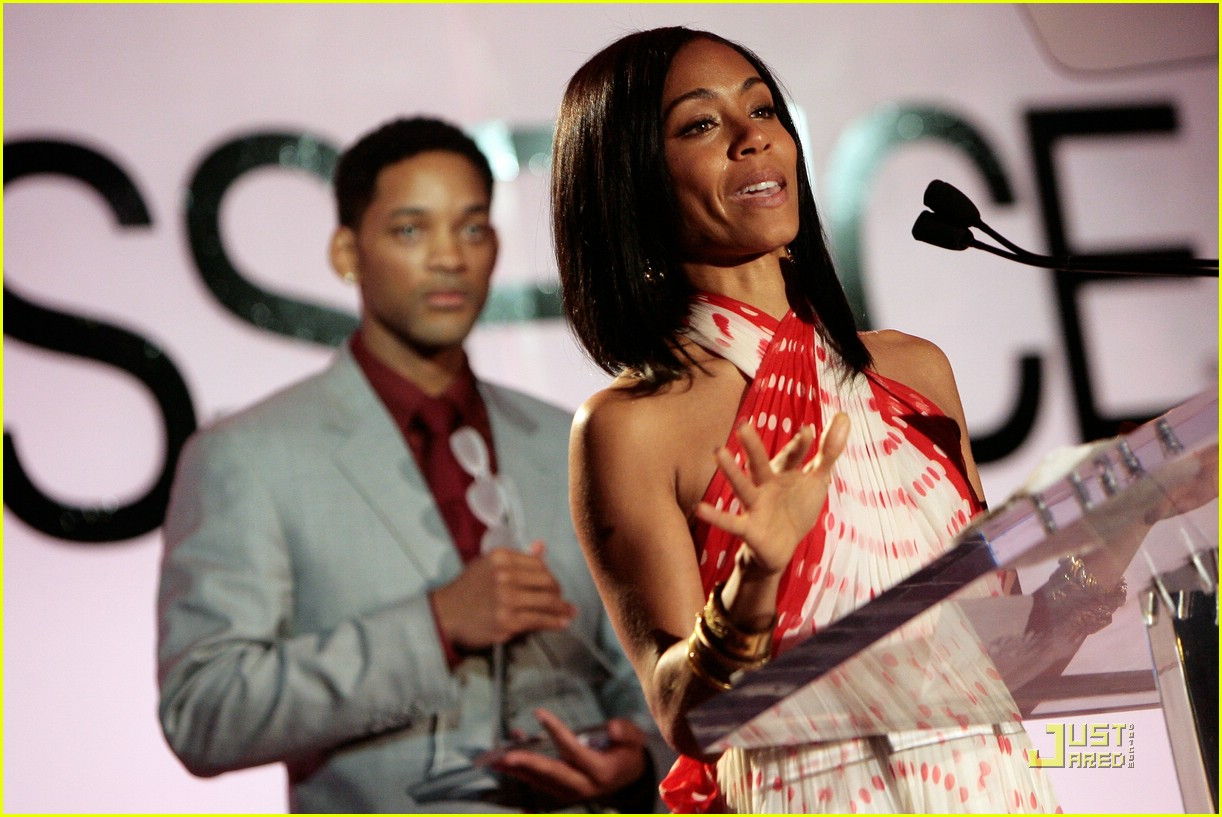 jada pinkett smith honored by essence 11