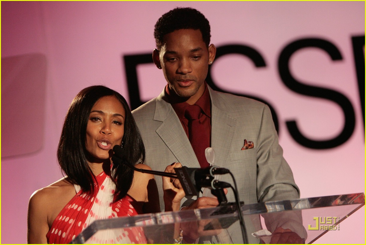 jada pinkett smith honored by essence 29
