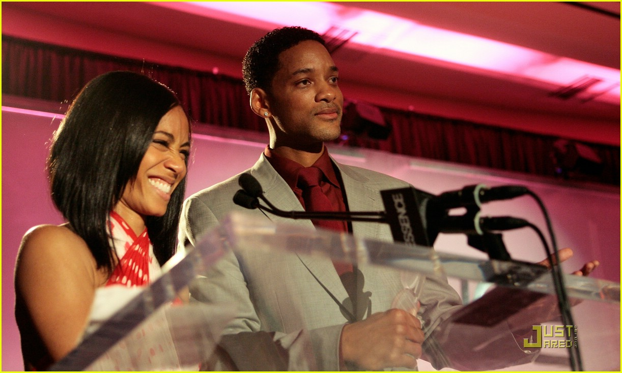 jada pinkett smith honored by essence 33