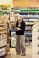 jessica alba groceries 05