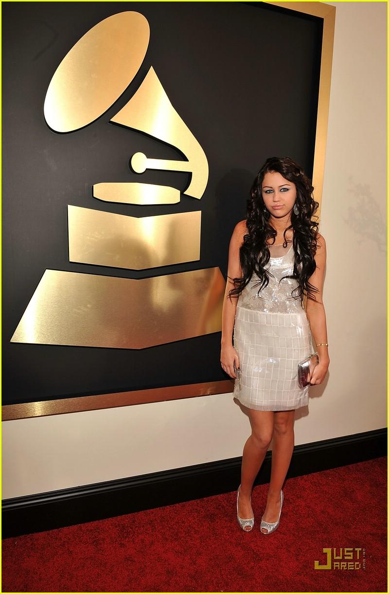 Miley Cyrus Grammys 2008 Photo 922251 Grammys 2008