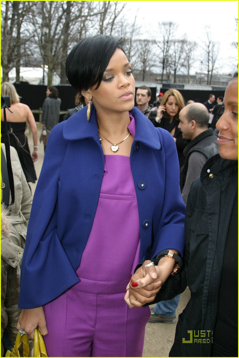 rihanna paris fashion week 10