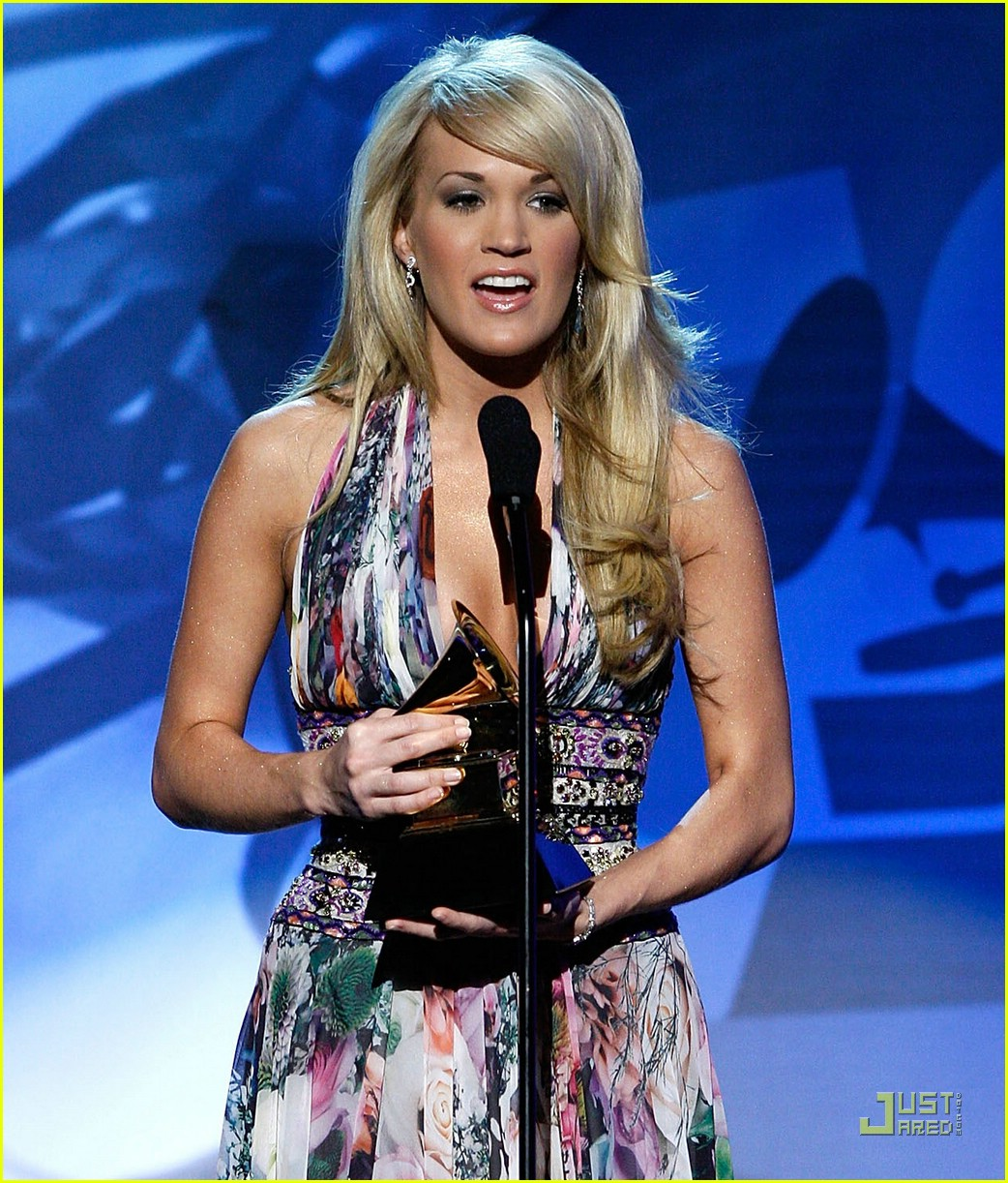 carrie underwood grammys 2008 55922031