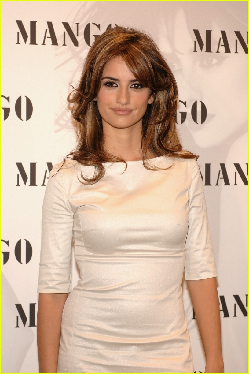 penelope monica cruz for mng 13