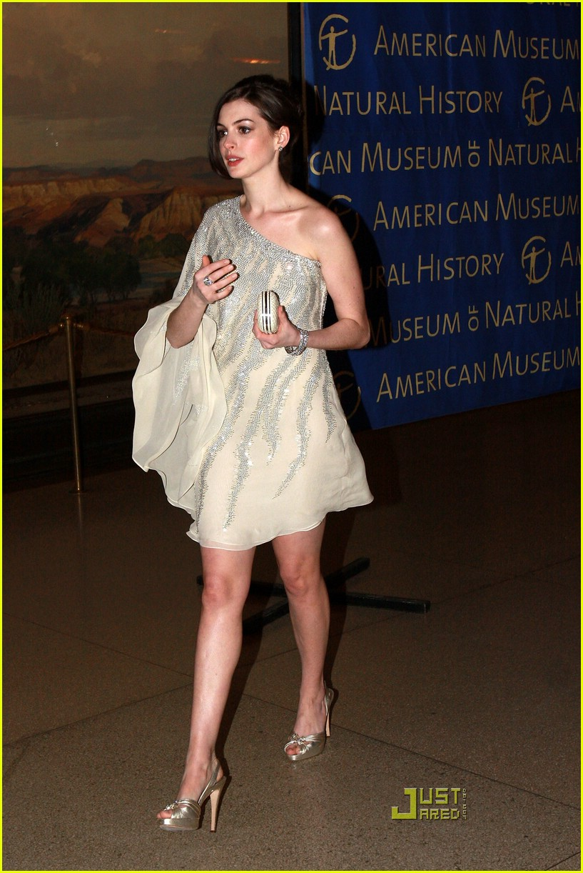 anne hathaway museum of natural history 34988001