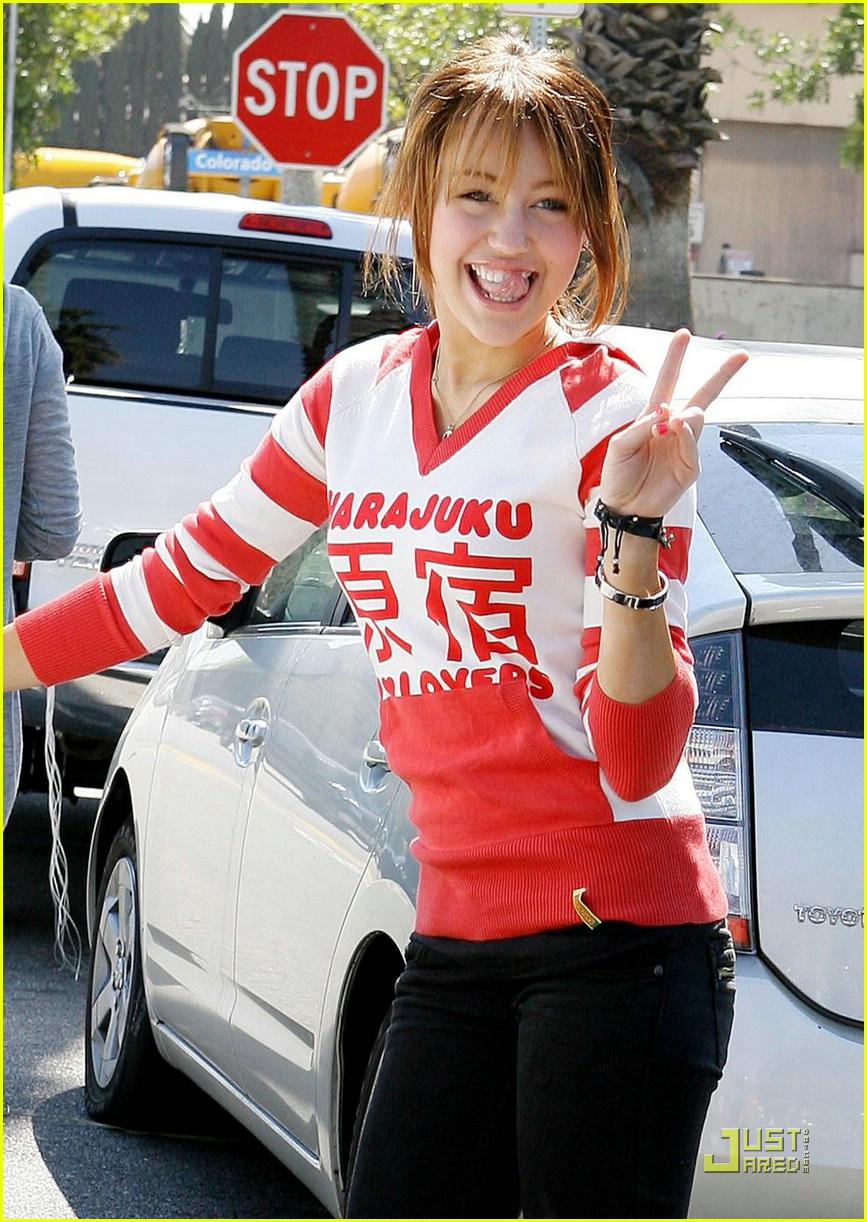 miley cyrus harajuku girl 101004051