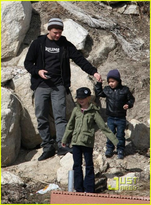 ryan phillippe deacon ava big bear 09