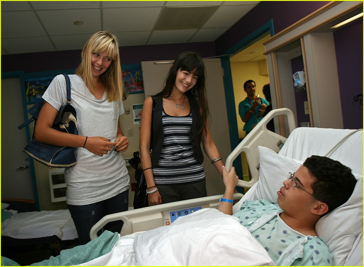 maria sharapova hospital 11