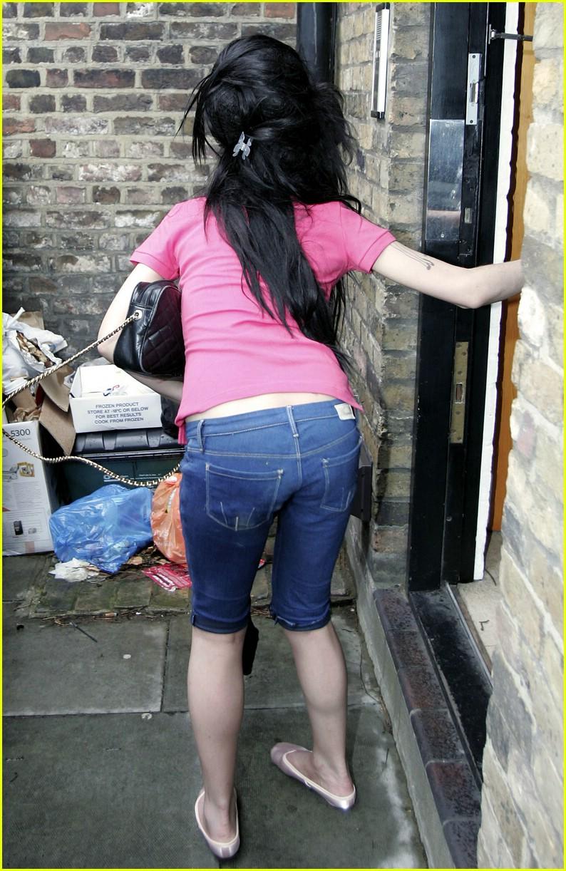 Amy Winehouse Ass 66