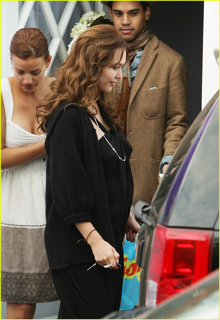 jessica alba baby shower 04