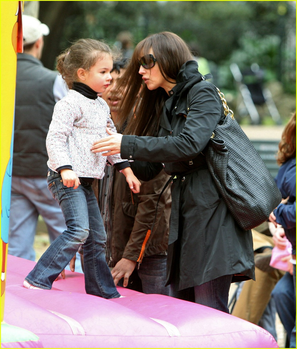 Monica Bellucci's Daughter Goes Jump, Jump: Photo 1048901 ...