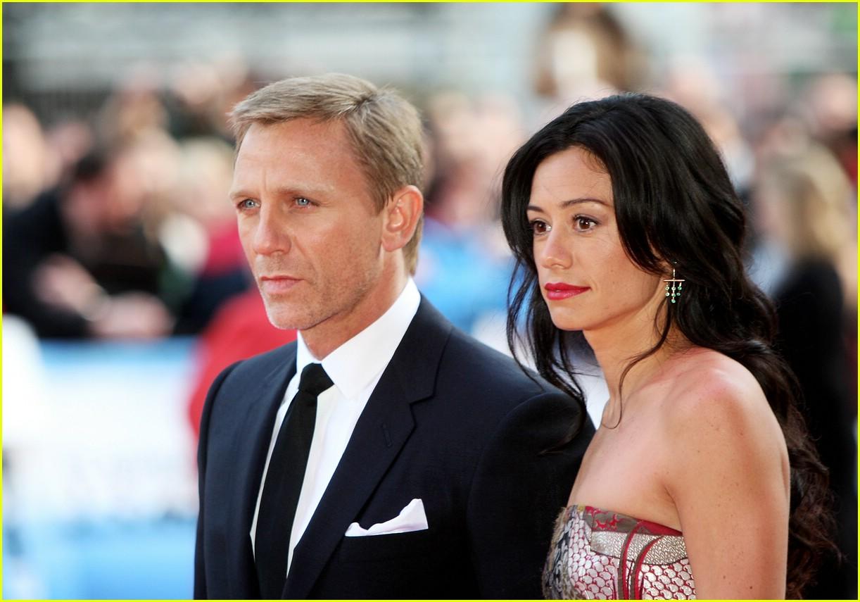 Daniel Craig Has Flashbacks of a Fool