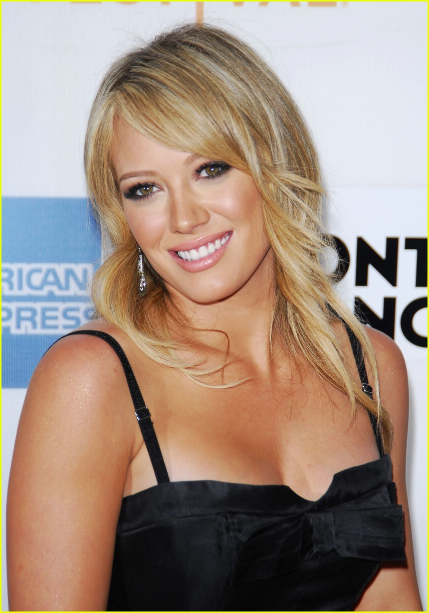 hilary duff war inc 111096831