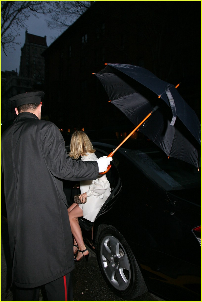gwyneth paltrow jay z wedding 08