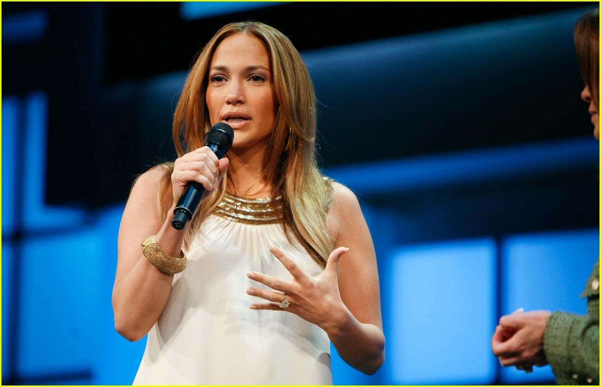 Full Sized Photo Of Jennifer Lopez Tlc 06 Photo 1086781