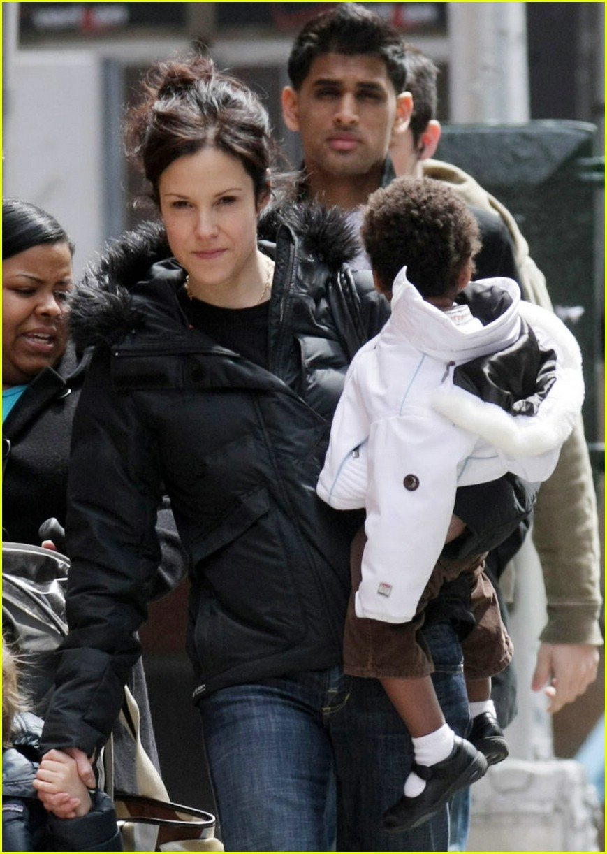 mary louise parker kids 031055111