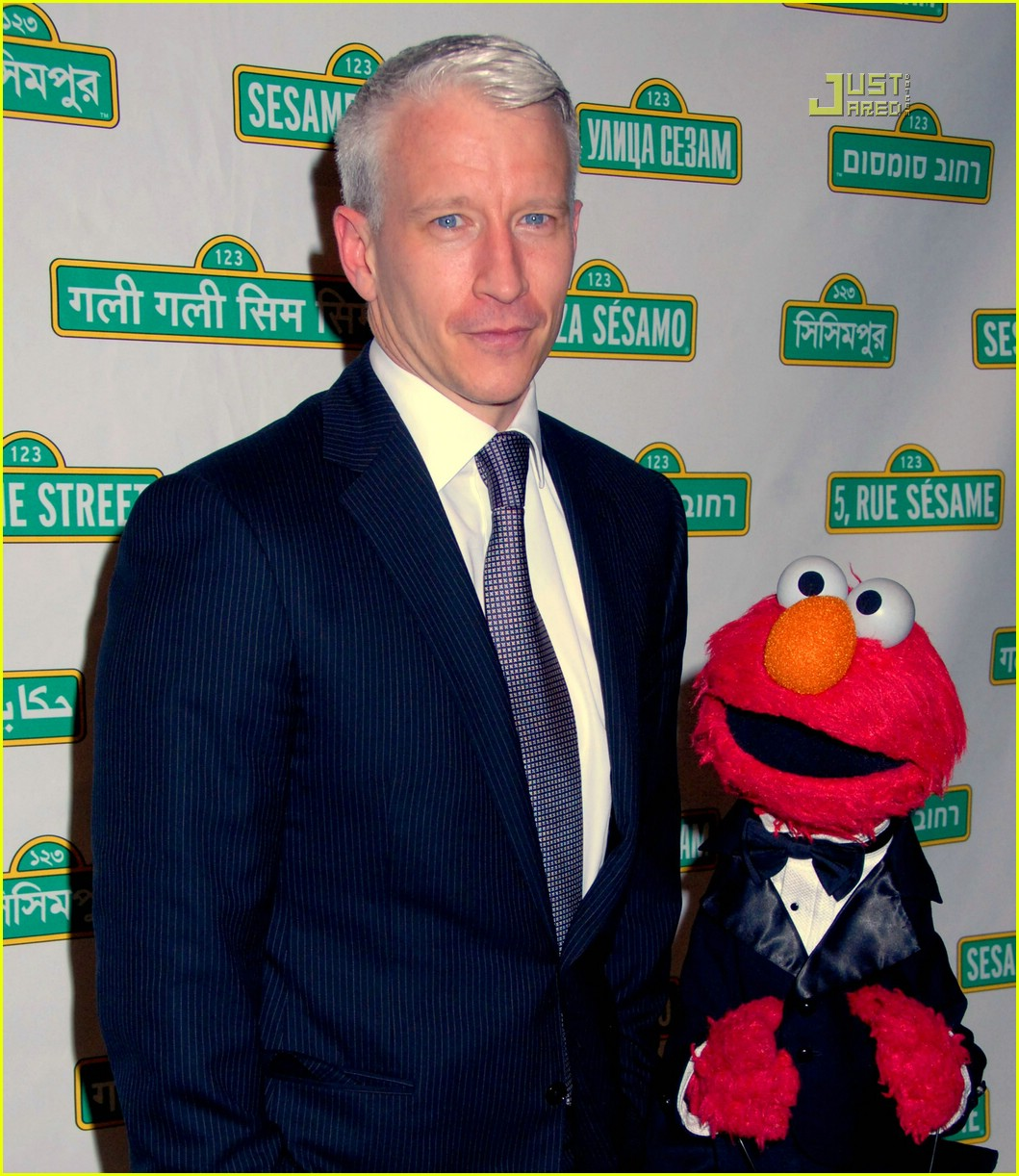 anderson cooper elmo 05