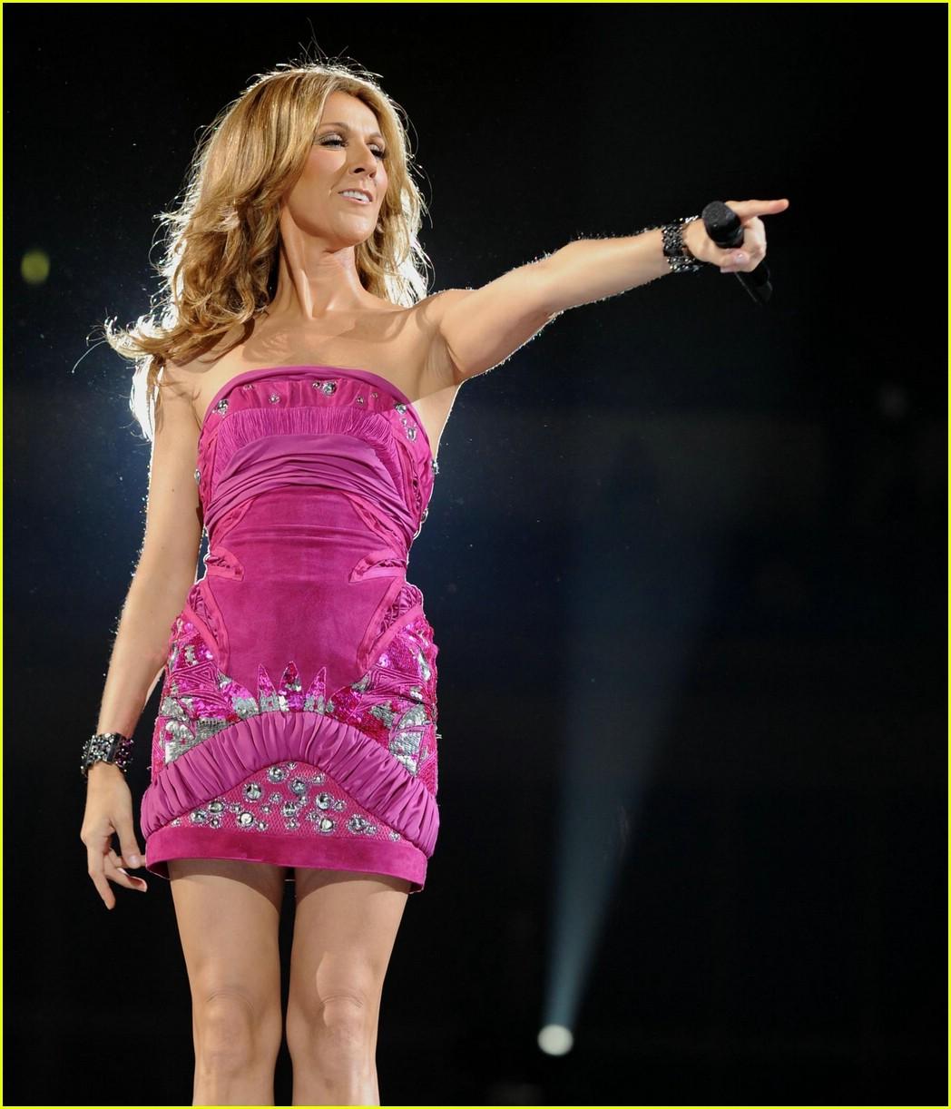 Celine Dion Has Oxygen Overload: Photo 1114381 | Celine Dion ...