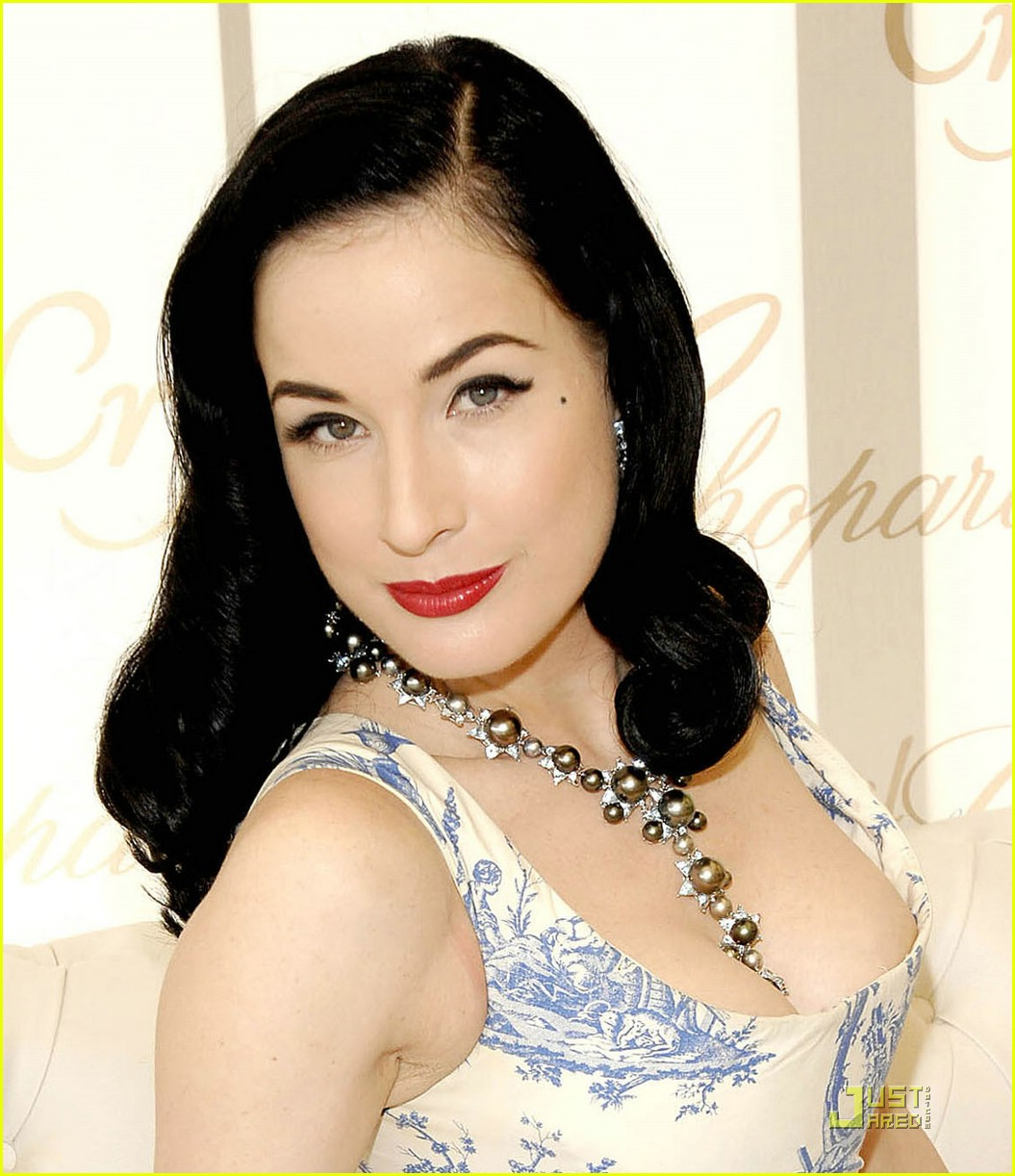 dita von teese amfar cinema against aids 071149001