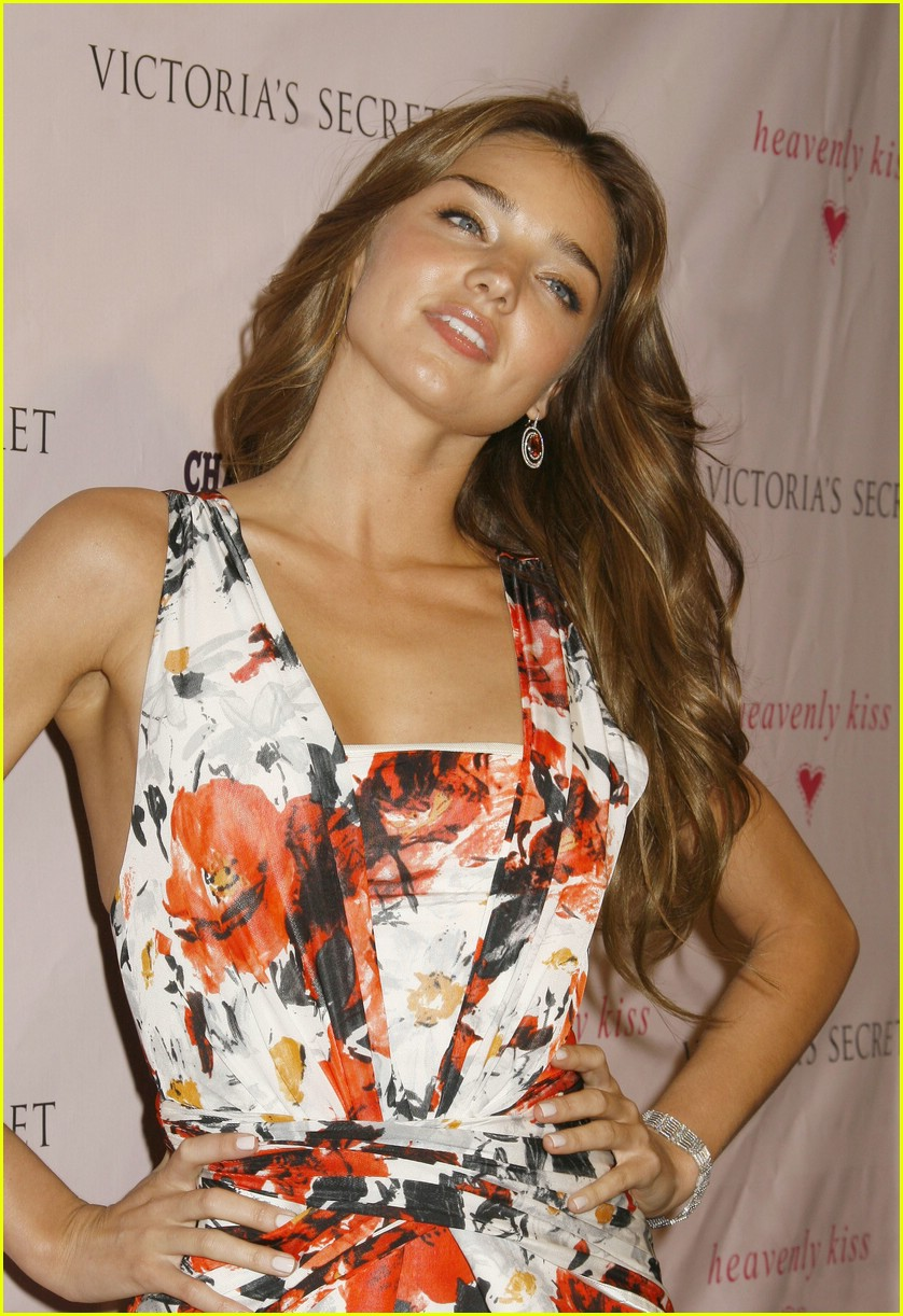 miranda kerr beautiful besos 11