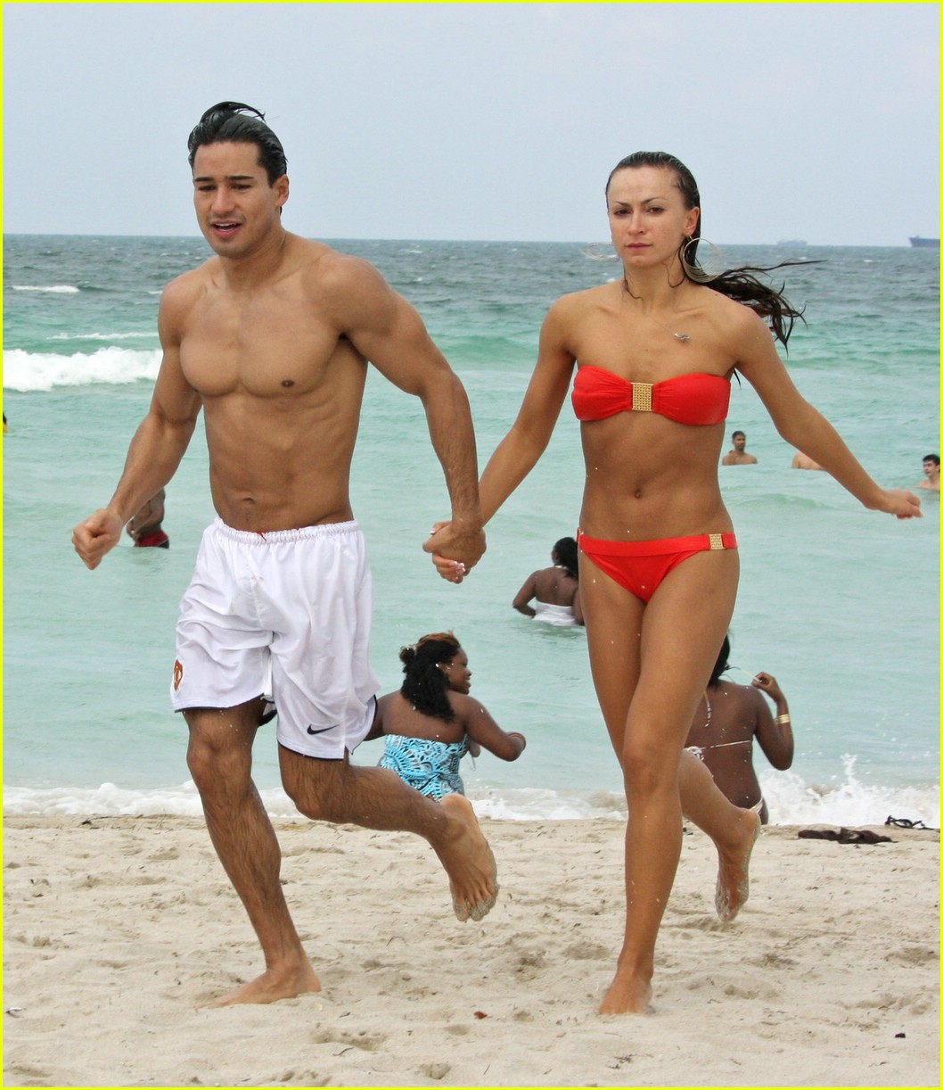 Mario Lopez S Dirty Dancing Photo 1159191 Bikini Karina