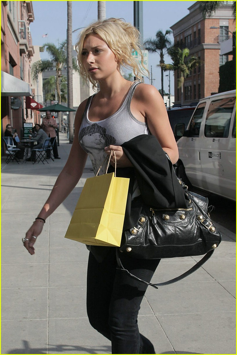 aly aj michalka shopping 27