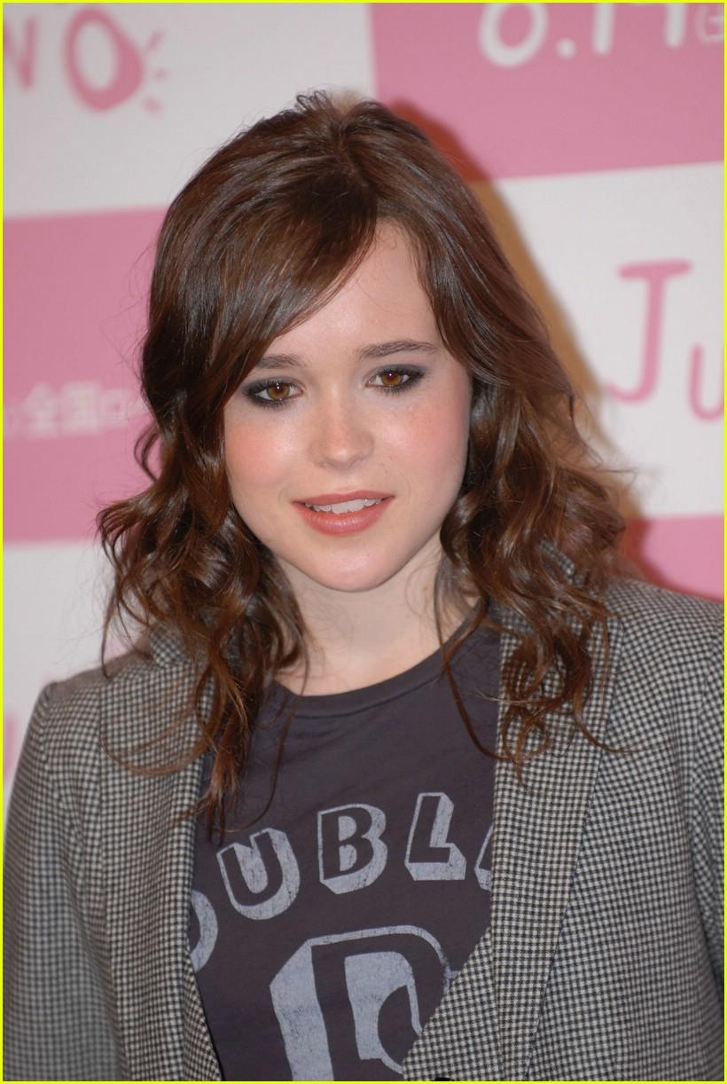 Full Sized Photo of el... Ellen Page